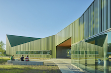 Thaden School, ©Timothy Hursley Photography, courtesy of courtesy of Sherwin-Williams Coil Coatings