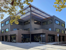 Mountain View Corporate Center - Photos by Sheet Metal Systems, courtesy of Linetec